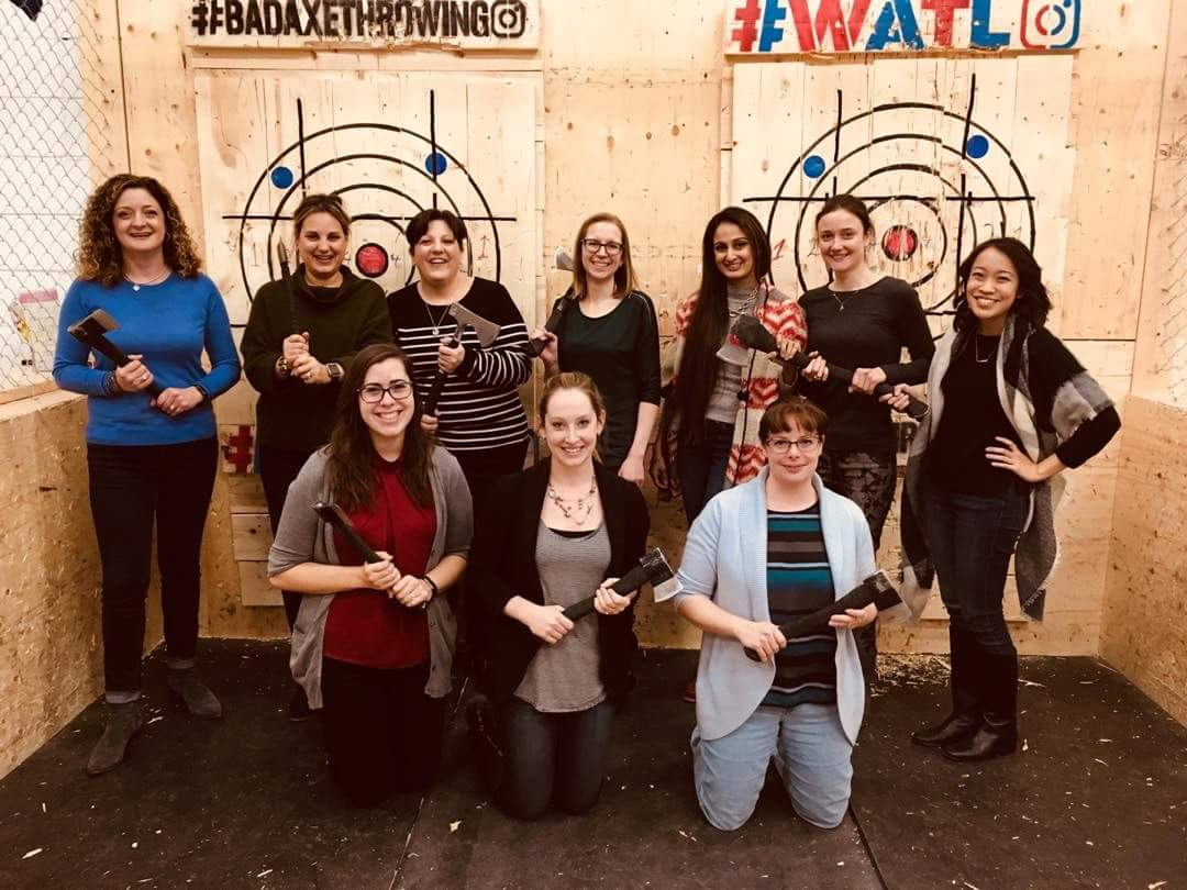 group-axe-throwing