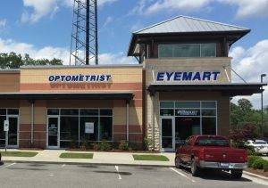 optometrist in Eyemart Express in Wilmington, NC
