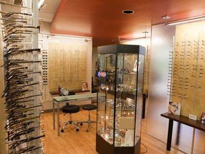 eyeglasses and contacts Austin optometrist office