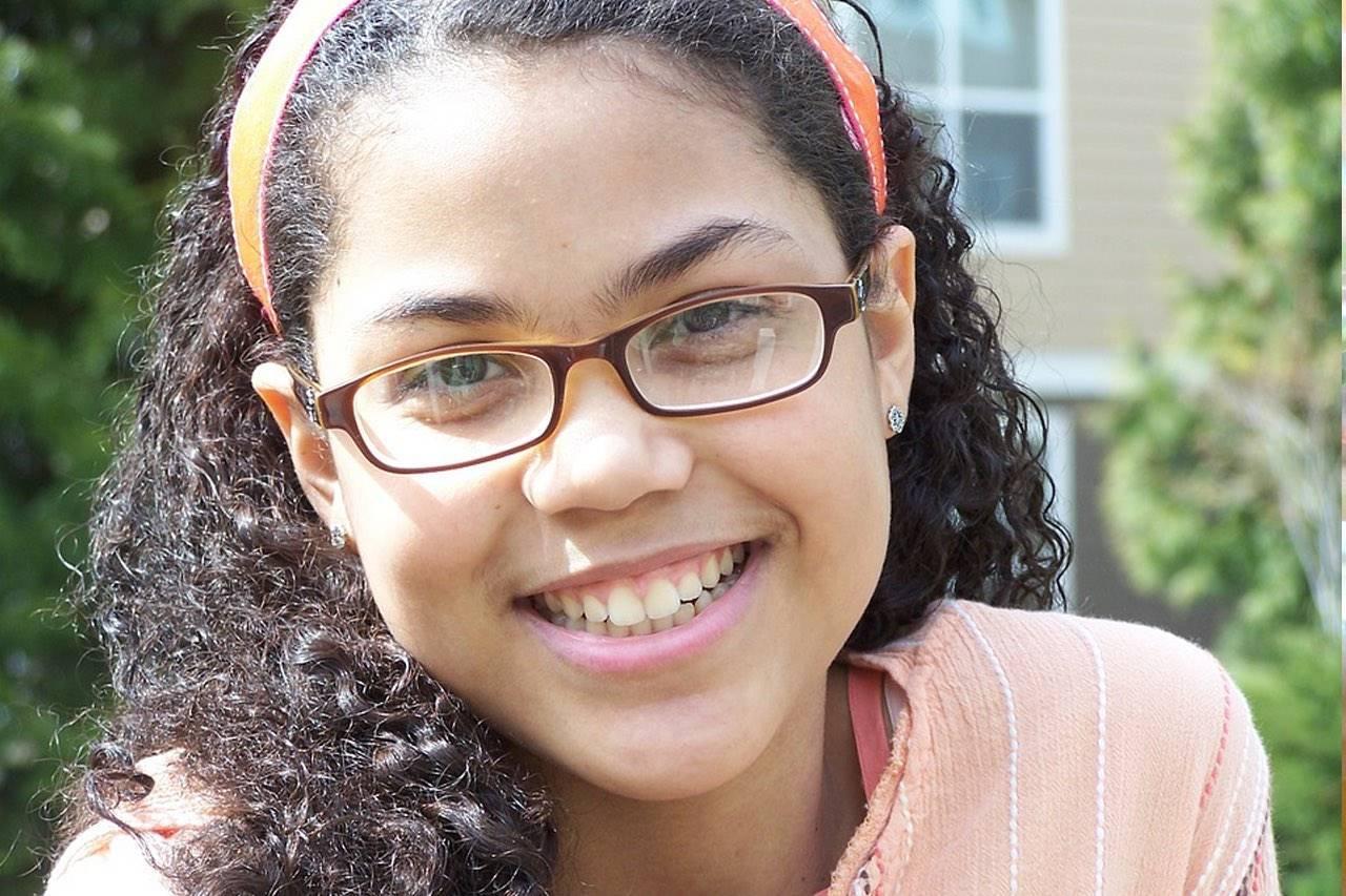 eye-exams-african-american-teen