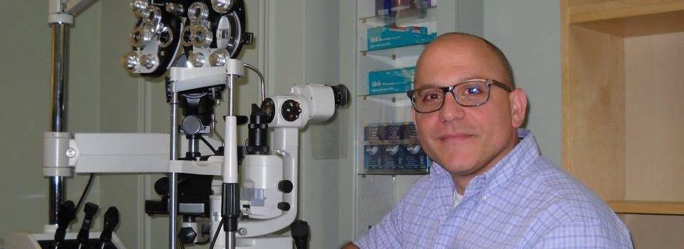 Eye doctor, Dr. Alfano in Freelton, ON