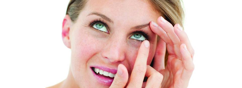 Eye exam, woman with contact lenses  in Freelton, ON