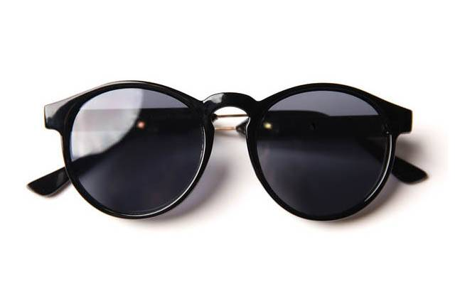 NoName-Sunglasses-Main_640x427
