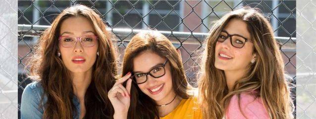 teens wearing Bono glasses in Joplin