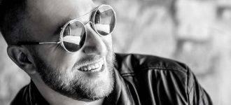 Male Sunglasses Black and White 1280x480 330x150