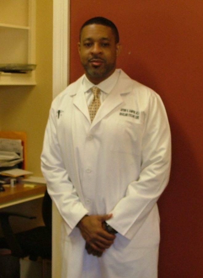 doctors_picture_7ca4dca82aaeef27ca0727c26d8b2ff7-e1497899545744