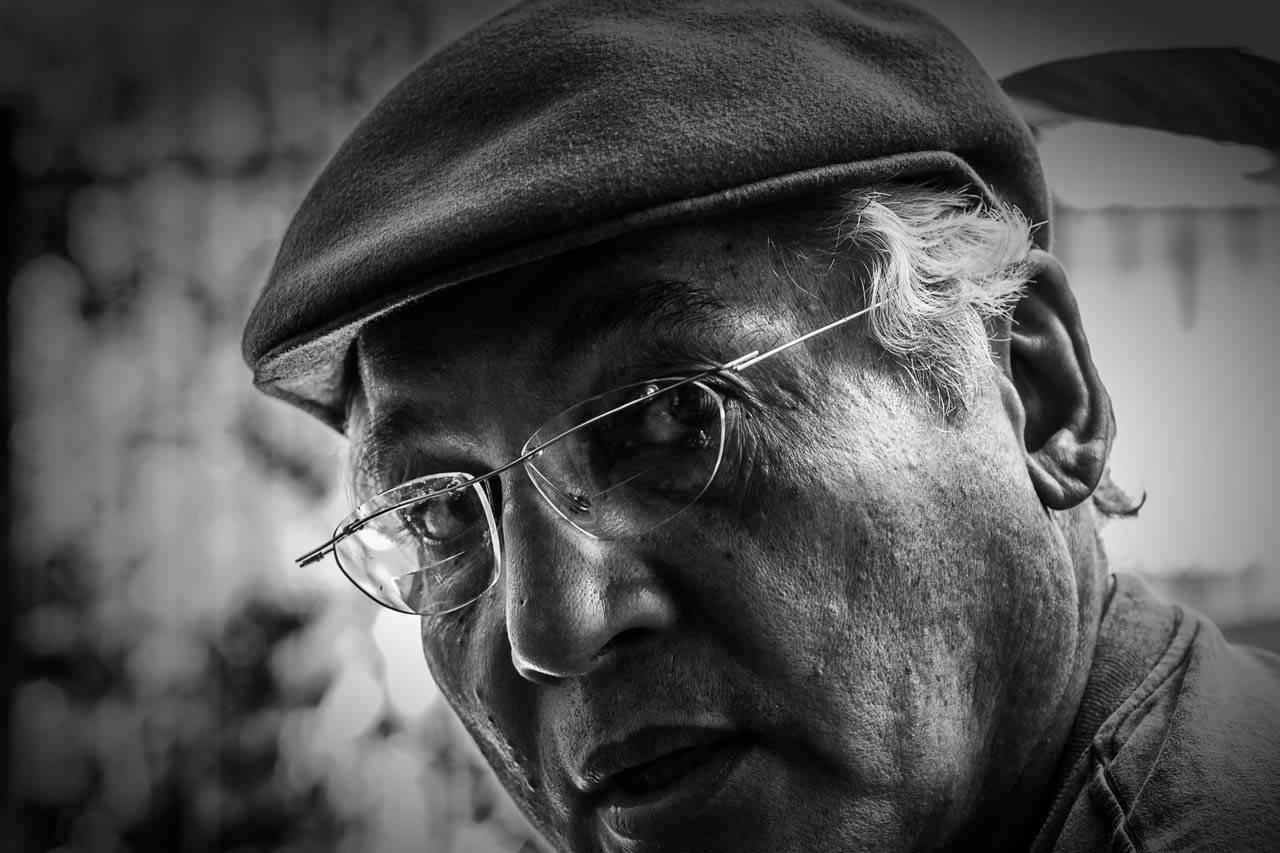 glasses-senior-manhat-bw-853