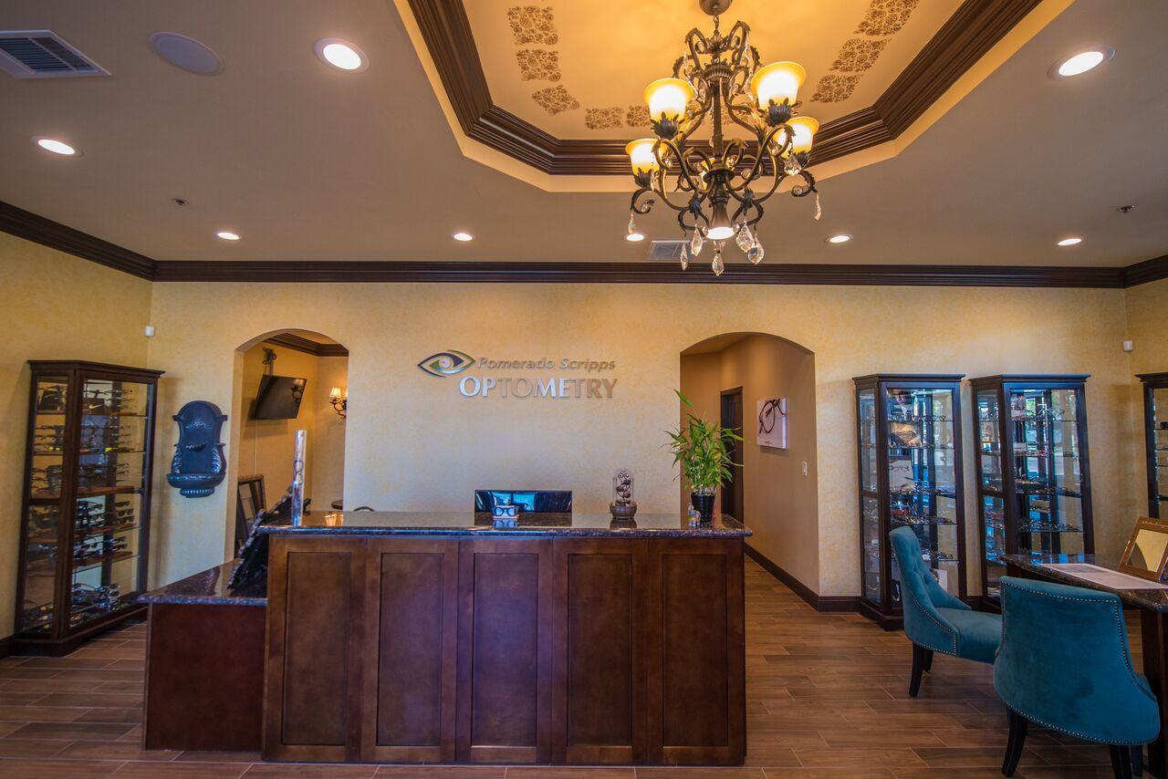 reception optometrist in poway