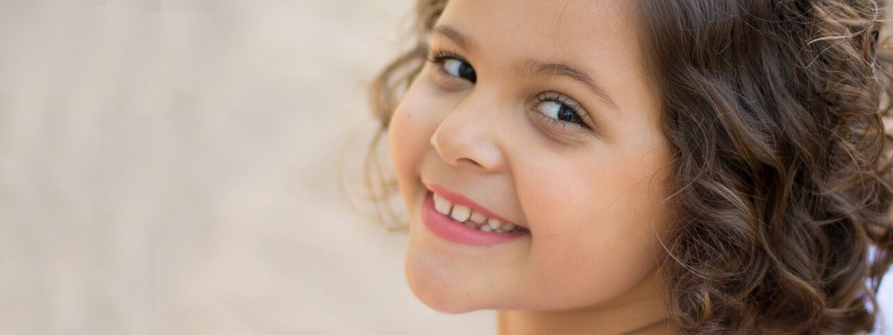 young child managing her myopia eye care