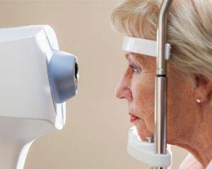 senior eye care & Eye Exams in Montrose, CA