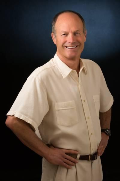Dr.-Larry-Fluss