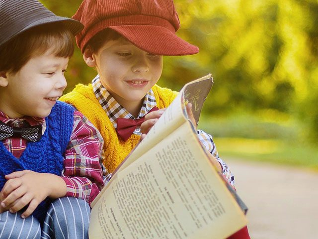 little boys reading