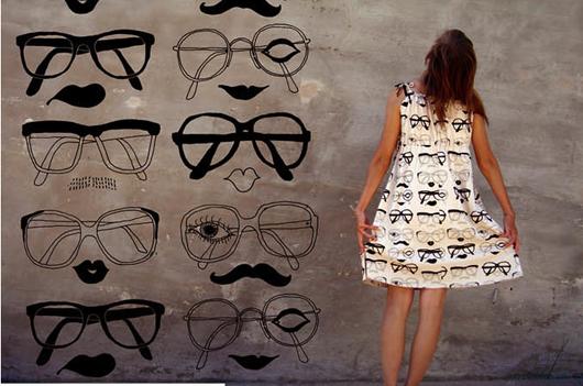 eyeglasses dress and mural.jpg