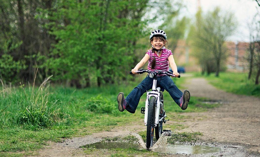ryeeyecare_boy-on-bike-e1520786441794