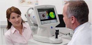 Eye doctor, Atlas 9000 eye test, in Houston, TX