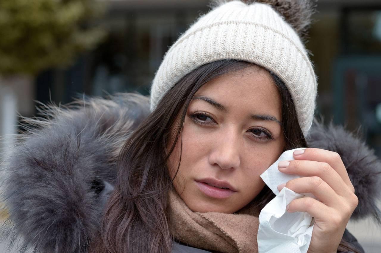 Woman Teary Eye Winter 1280×853