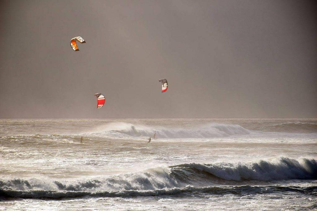 Sport_kitesurfing bkground_sm 1024x682