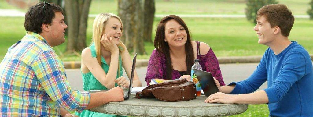 college_students_studying_1280x480 1024x384