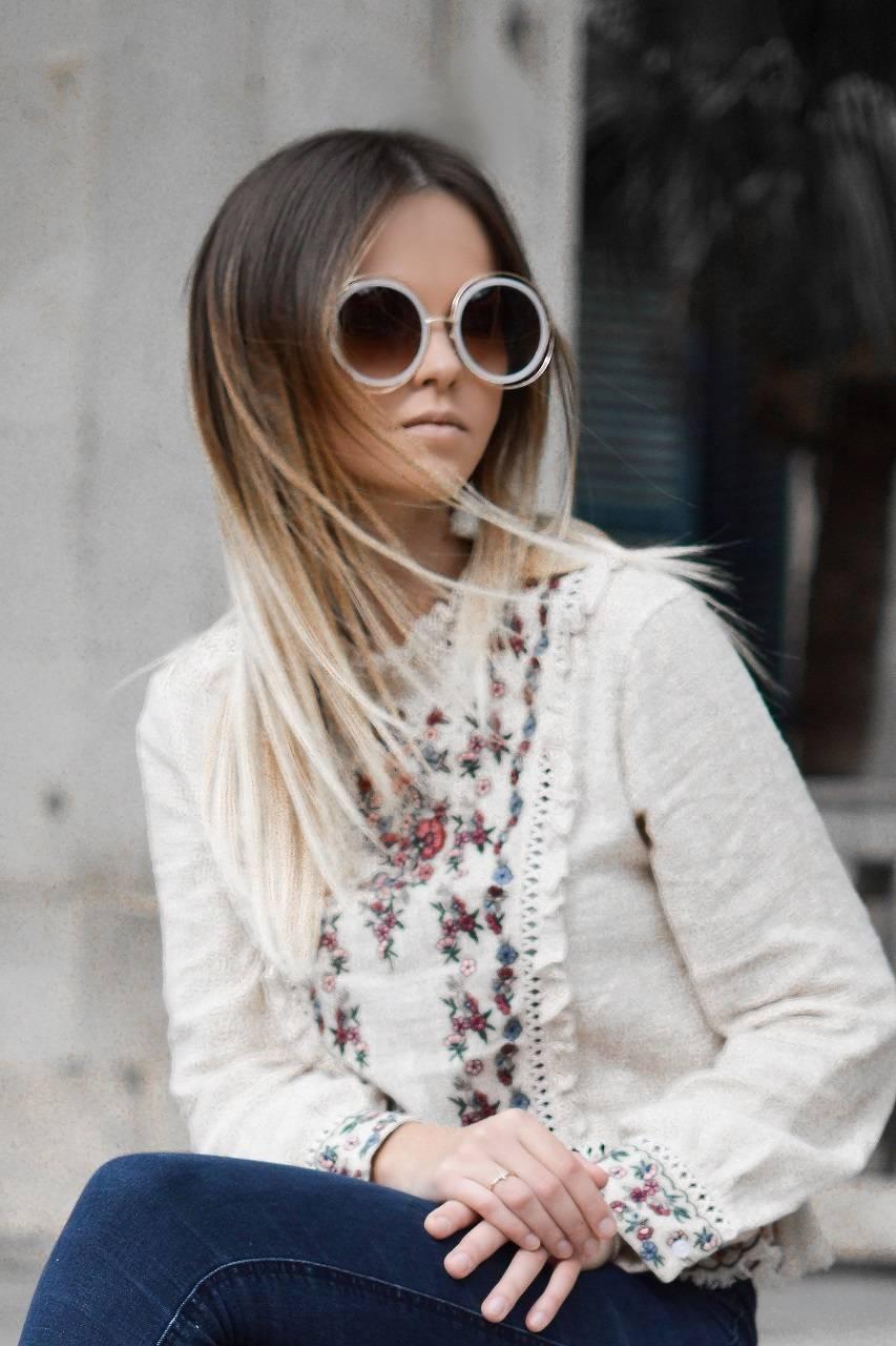 woman-sunglasses-steps-crop