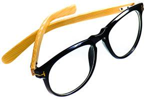 eye1054_eyeglasses