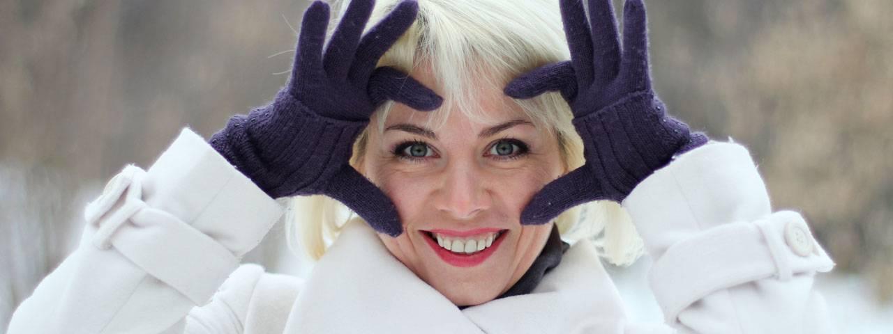Eye doctor, woman wearing gas permeable contact lenses in El Segundo, Redondo Beach, CA