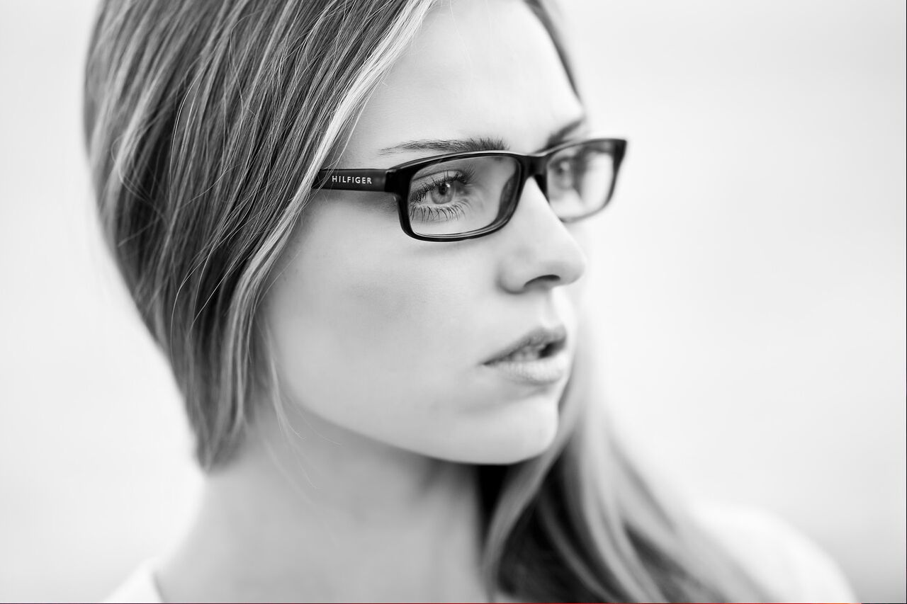 Woman20Hilfiger20Glasses201280x853_preview1.jpeg
