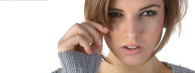 Eye doctor, woman suffering from eye infection in Toronto & Mississauga, ON