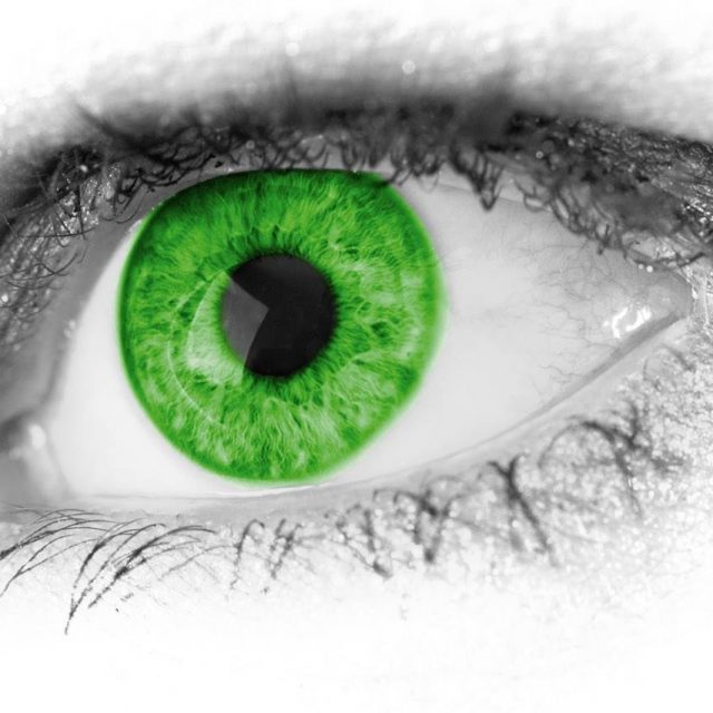eyes-green-640x640