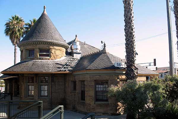Southern_Pacific_Depot_559_El_Camino_Real_San_Carlos_CA_9 5 2011_4 51 50_PM 2