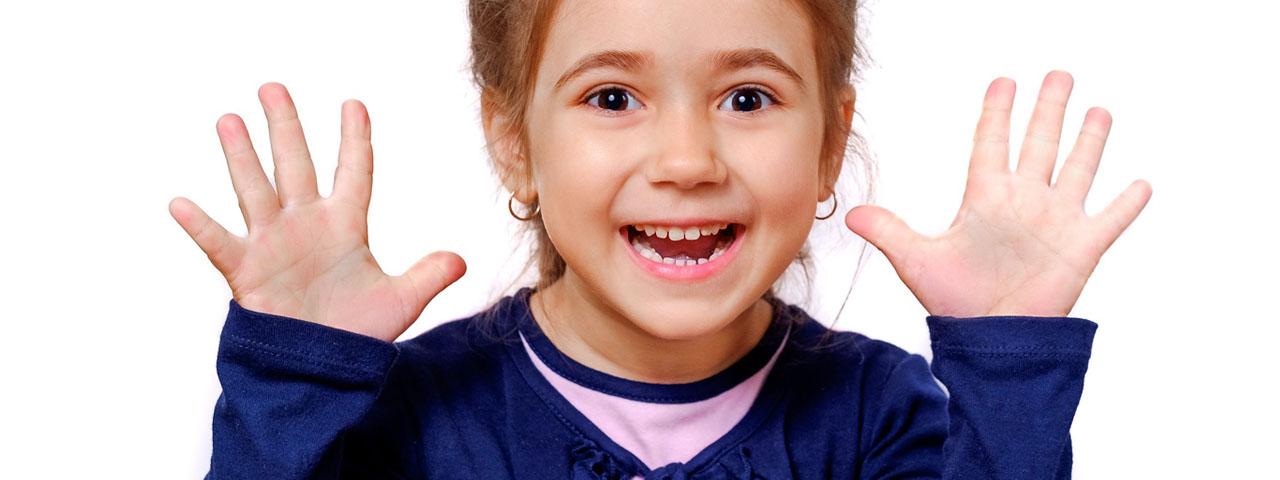 Girl Happy Surprised 1280×480