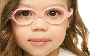 Airdrie, AB young girl glasses