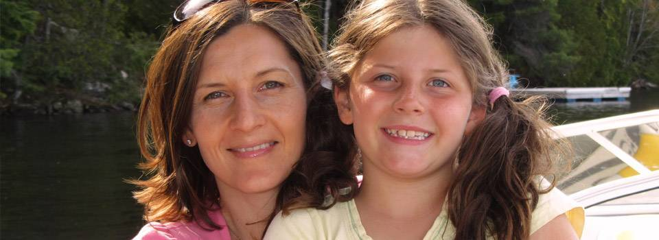 mom-with-daughter