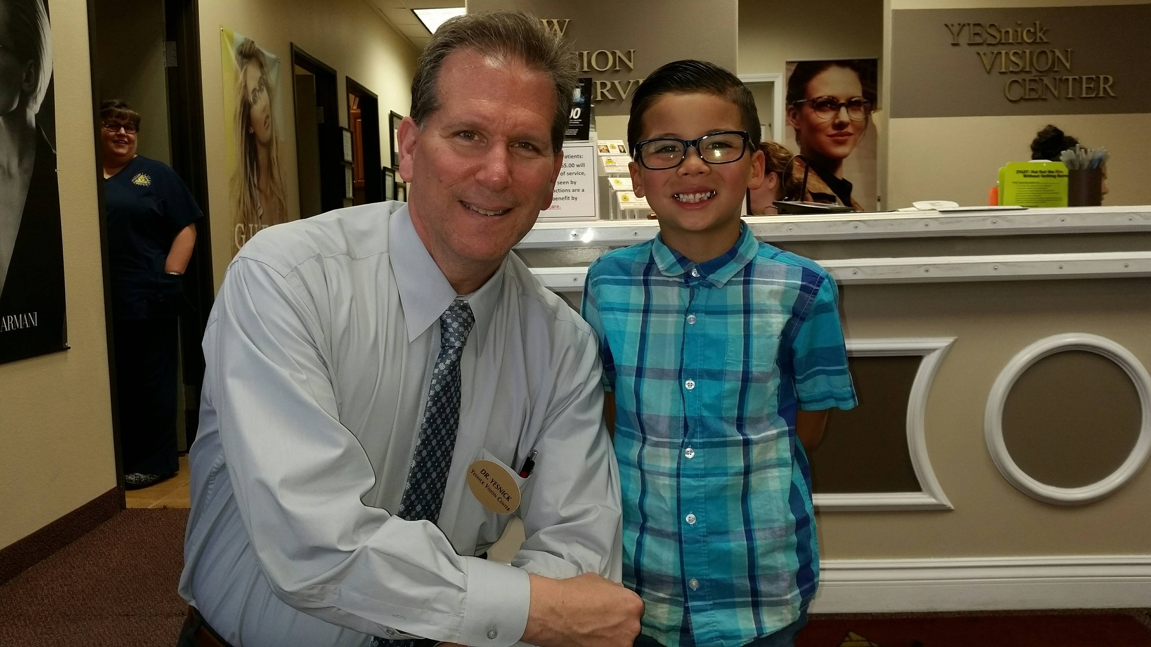 Meet our Las Vegas Optometrist Dr Yesnick