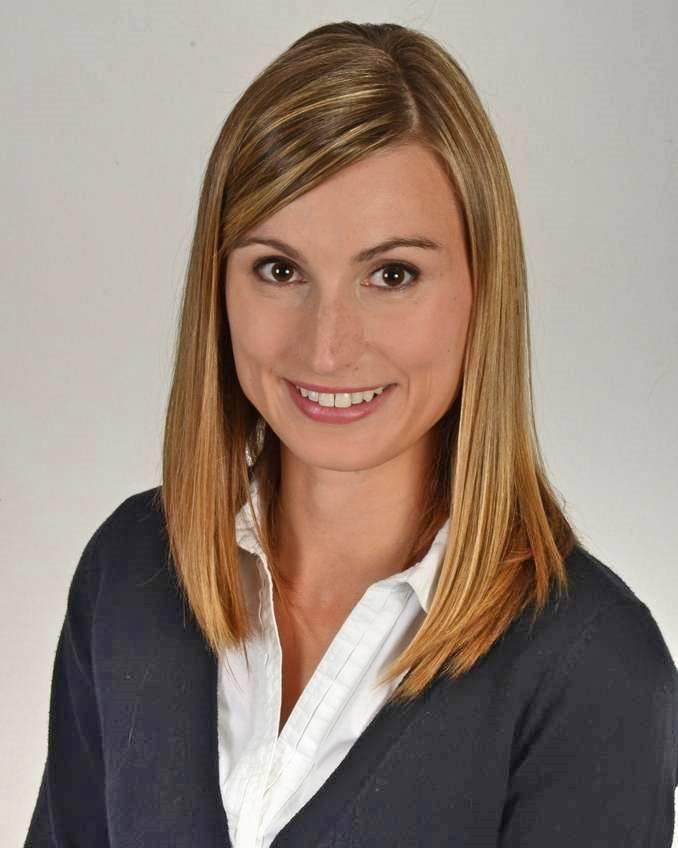 Dr-Lauren-Hill-8x10-1