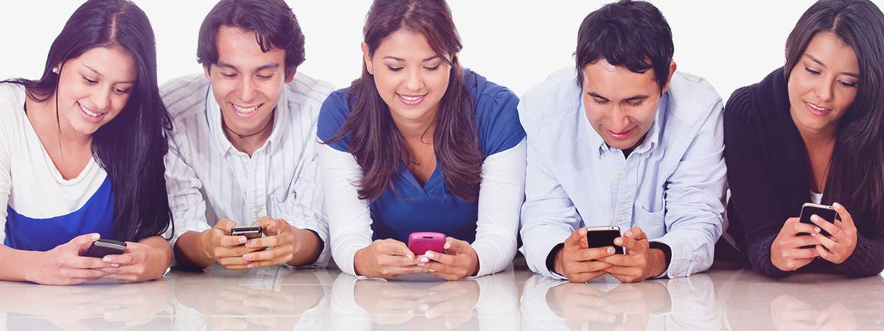 5 people are playing mobile phone
