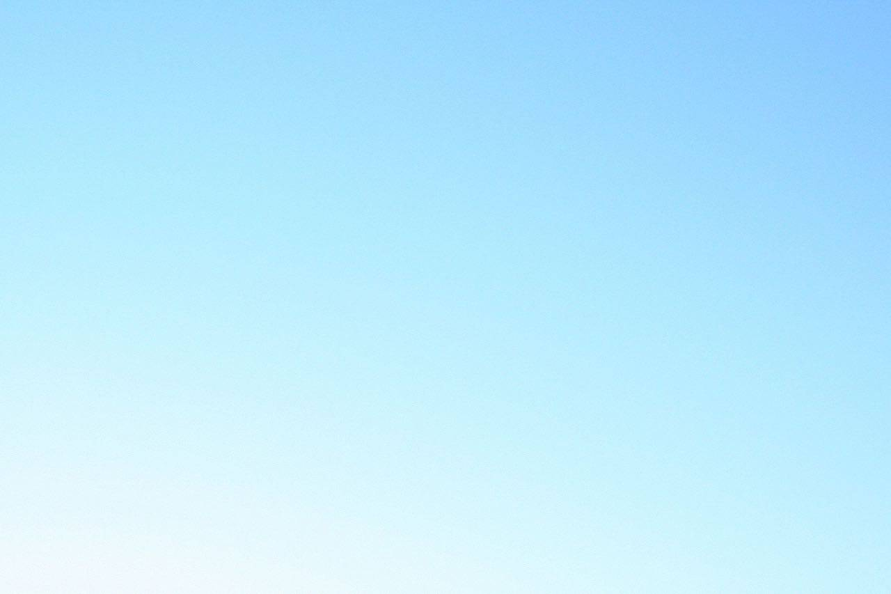 bkground_clear sky blue_med