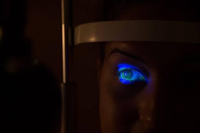 Olathe KS Eye Exam in the dark