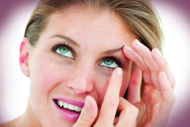 Buy Your Contact Lenses in Olathe, KS