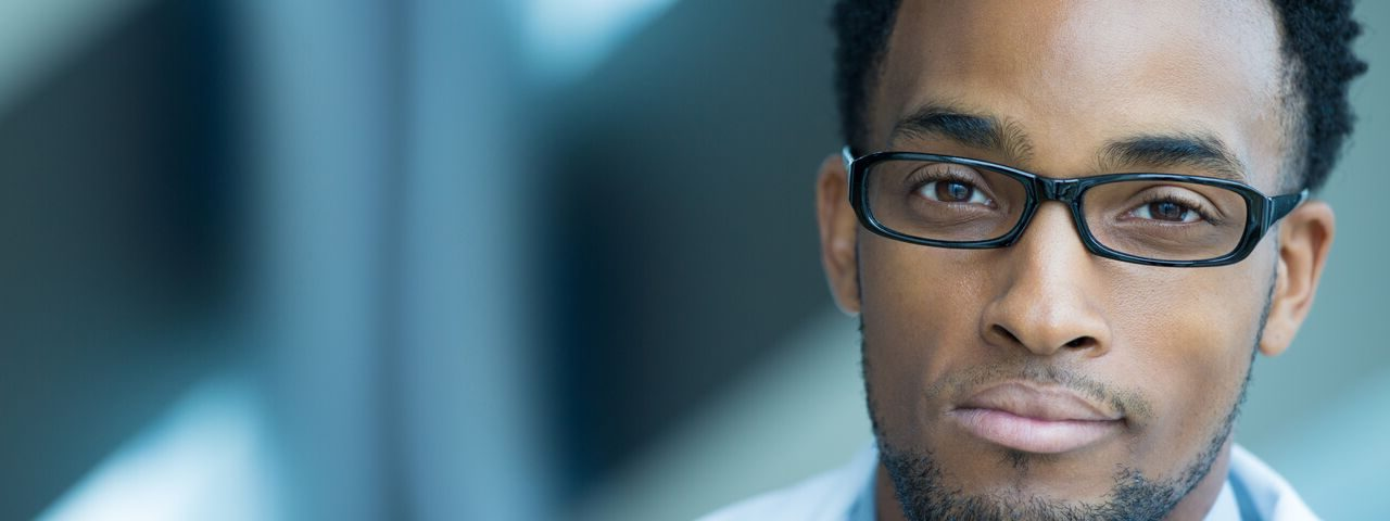 Optometrist AfricanAmerican glasses_preview1 e1516802508319.jpeg