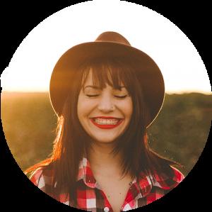 smile-girl-cowboy-hat-300x300