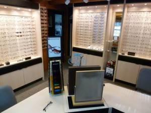 1_Dr._Rafalowsky.eyeframes.rs_