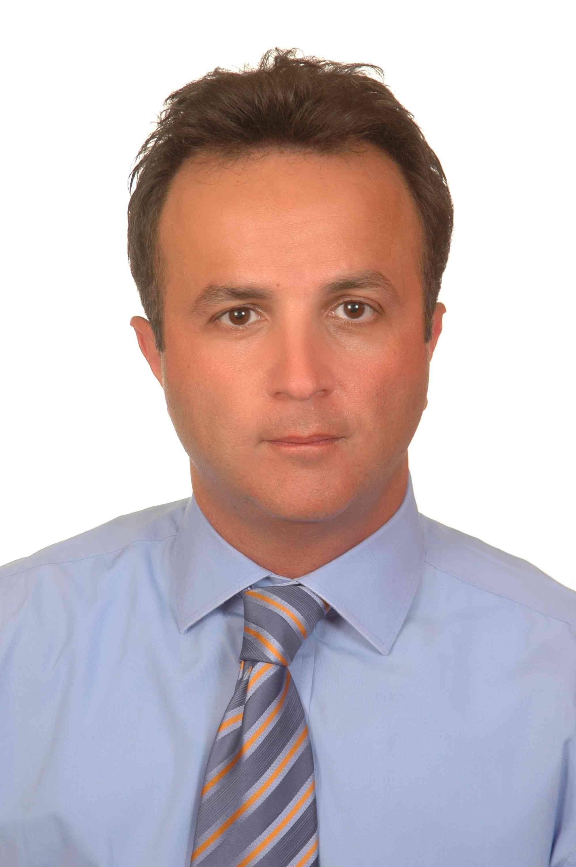 Razmig-Knajian