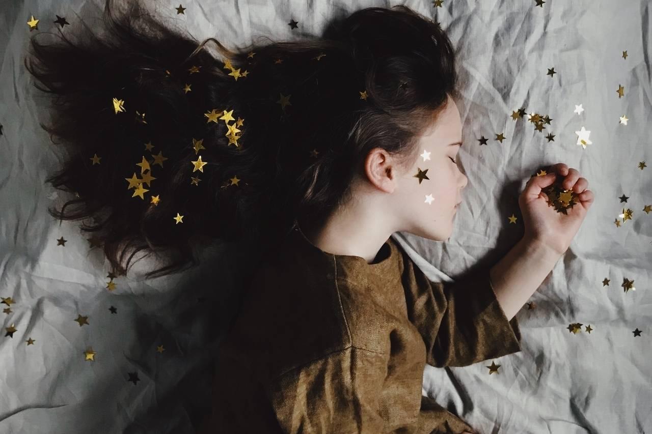 girl-sleeping_1280x853