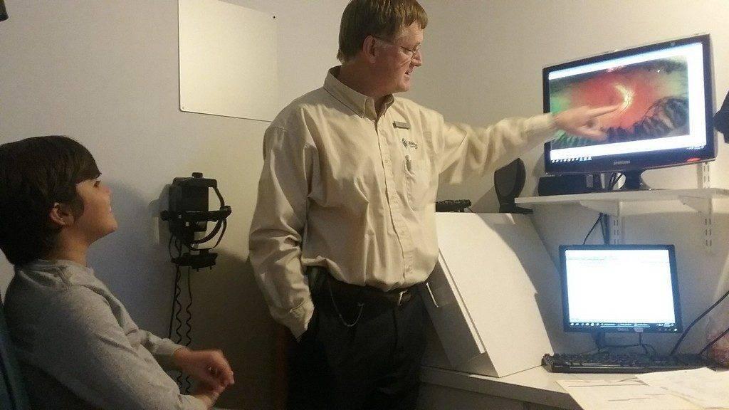 dr vann eye doctor in fulton